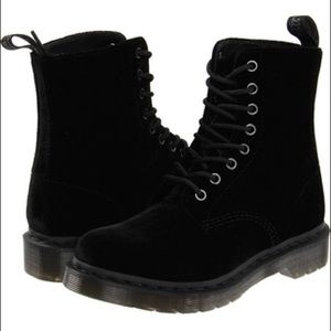 Dr. Martens All ze You Velvet Black Page Boots